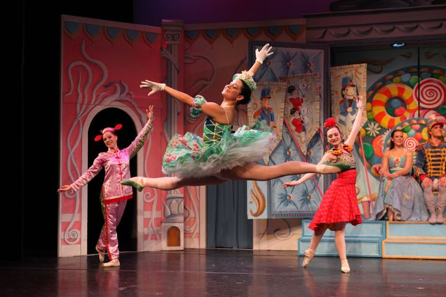The Nutcracker Performed by the New York Theatre Ballet at Brookfield Place - FREE!